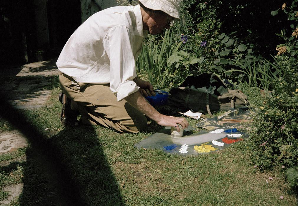 Sargy Mann painting in the Garden of 58 Lyndhurst Grove